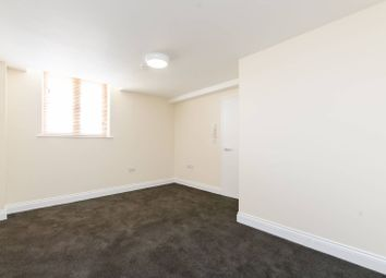 Thumbnail 1 bed flat to rent in Paulet Road, Camberwell