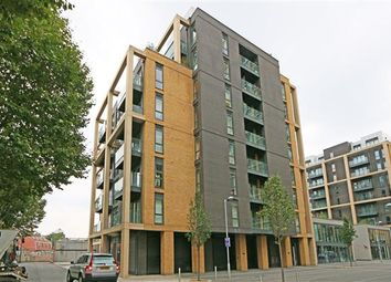 Thumbnail 1 bedroom flat for sale in Kennett House, The Osiers, London