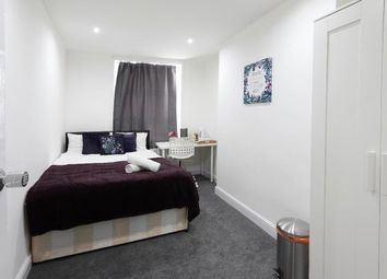 Thumbnail 5 bed flat to rent in Gray's Inn Road, London