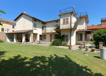 Thumbnail Farm for sale in Vi Giuseppe Garibaldi 10, Bruno, Asti, Piedmont, Italy