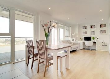 2 bed flat for sale in Bessemer Place, Greenwich, London SE10