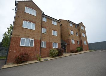 Thumbnail 2 bed flat for sale in Hewlett Road, Leagrave, Luton