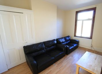 Thumbnail 2 bed flat to rent in Parkgate Rd, Battersea