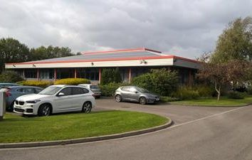 Thumbnail Office to let in Unit 4 Hawthorn Road, Littlehampton, West Sussex