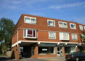 Thumbnail 1 bed flat to rent in Bishopric, Horsham