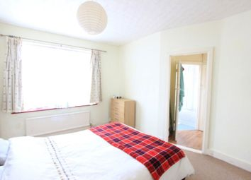 Thumbnail 1 bed flat to rent in Norton Gardens, London
