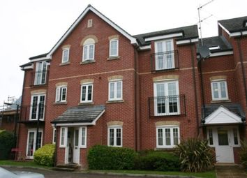 Thumbnail 2 bed flat to rent in Meadowview, Hungerford