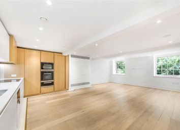 2 bed flat to rent in Star And Garter House, Richmond Hill, Richmond TW10