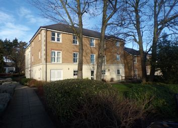 Thumbnail 2 bed flat for sale in Glen View, Gravesend