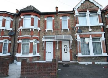 Thumbnail 3 bed property to rent in Hampton Road, Ilford
