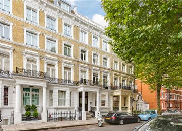 Thumbnail Studio to rent in Trebovir Road, Earls Court, London