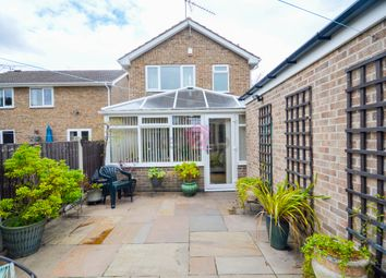 Thumbnail 3 bed detached house for sale in Middlecliff Close, Waterthorpe, Sheffield