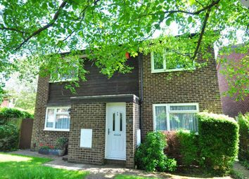 Thumbnail 2 bed maisonette to rent in Lillibrooke Crescent, Maidenhead