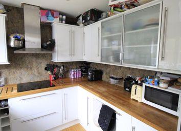 Room to rent in Corfe Way, North Camp Farnborough GU14