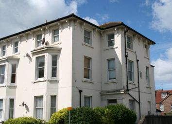 2 bed flat to rent in Norfolk Road, Littlehampton BN17