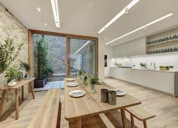 Thumbnail 3 bedroom town house to rent in Bingham Place, Marylebone
