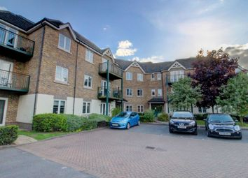 Thumbnail 2 bed flat for sale in Huntercombe Lane North, Taplow, Maidenhead