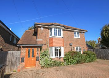 Thumbnail 1 bed flat to rent in Mount Pleasant Road, Lingfield