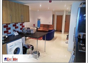 Thumbnail 6 bedroom flat to rent in Miskin Street, Cardiff