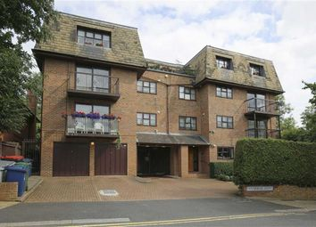 Thumbnail 2 bed flat for sale in Woodlands, Golders Green, London