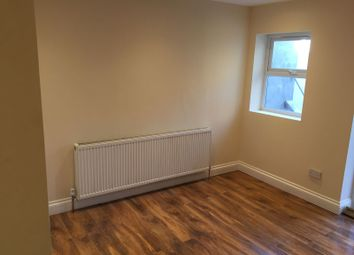 Thumbnail 2 bed flat to rent in Langthorn Road, Leytonstone