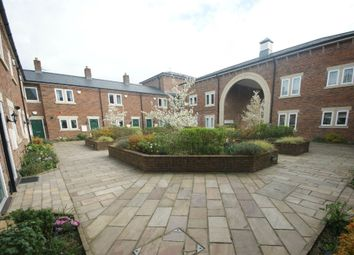 3 bed flat to rent in Chancel Square, Meanwood, Leeds, West Yorkshire LS6