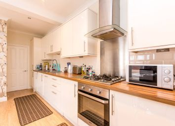Thumbnail 2 bed flat to rent in Highlands Avenue, Acton