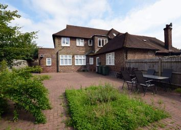 Thumbnail 2 bed flat for sale in Winchester Road, Four Marks, Alton