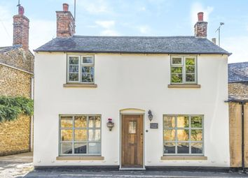 Thumbnail 3 bed cottage for sale in Chapel Street, Hook Norton