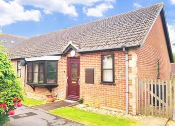 2 bed bungalow for sale in Honiton, Devon EX14