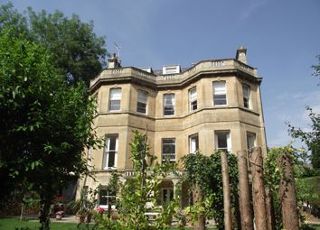 Thumbnail 2 bed flat to rent in Weston Park, Bath
