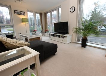 Thumbnail 2 bed flat for sale in Mosaic House, Midland Road, Town Centre, Hemel Hempstead