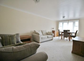 Thumbnail 1 bed flat to rent in Osier Crescent, Muswell Hill, London