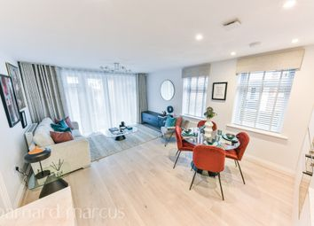 Thumbnail 3 bed flat for sale in East Street, Epsom