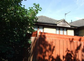2 bed property to rent in Rocfort Road, Snodland ME6