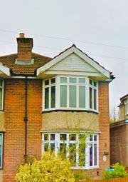 Thumbnail Room to rent in Sirdar Road, Southampton
