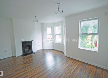 Thumbnail 2 bedroom flat to rent in Lyndhurst Road, Palemrs Green