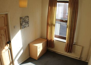 Thumbnail Room to rent in Lyndhurst Road, Sneinton