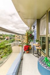 Thumbnail 1 bed flat for sale in Queensland Road, Islington, London
