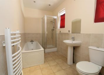 Thumbnail 2 bed flat to rent in Moat Lane, Erith