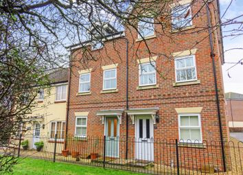 3 bed terraced house for sale in Beatty Rise, Spencers Wood, Reading RG7