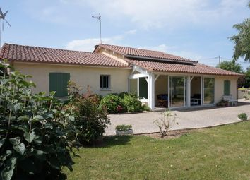 Thumbnail 4 bed detached house for sale in Aquitaine, Dordogne, Bergerac