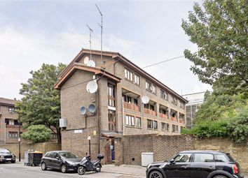 Thumbnail 3 bed flat to rent in Purcell Street, London