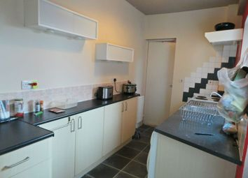 Thumbnail 1 bed flat to rent in Pinfold Street, Rugby