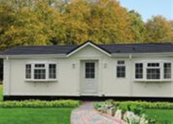 Thumbnail 2 bed mobile/park home for sale in New Park, Quarry Moor Park, Ripon