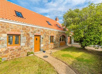 Thumbnail 3 bed detached house to rent in Summerfield Road, Vale, Guernsey
