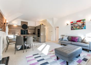 Thumbnail 2 bedroom flat for sale in Portsmouth Road, Esher