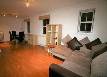 2 bed maisonette to rent in Clydesdale Road, Hornchurch RM11