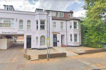Thumbnail Office to let in Granville Road, St. Albans