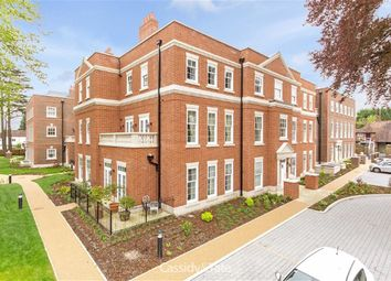 Thumbnail 3 bedroom flat for sale in Glen Eagle Manor, Harpenden, Hertfordshire